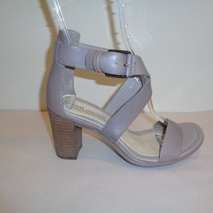 Ecco Size 7 to 7.5 Eur 38 Grey Leather New Sandals